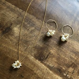 Swarovski Pearl & Crystal Necklace and Earring Set